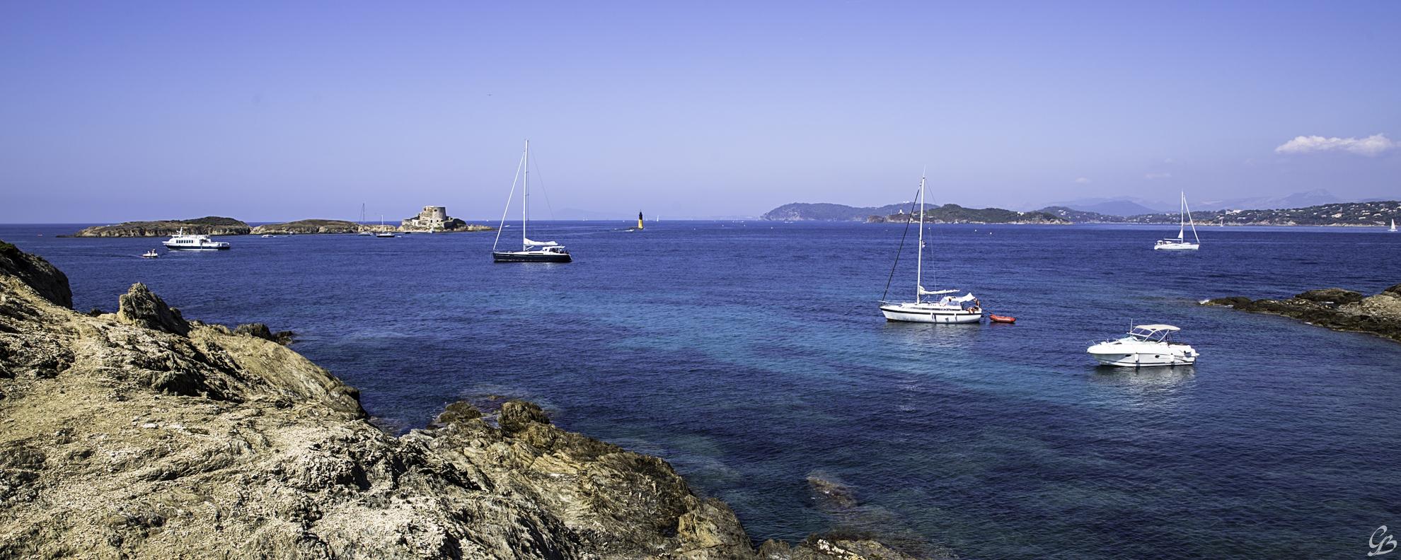 Đảo Porquerolles và bãi biển đẹp nhất châu Âu