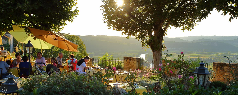 Đến Dôme ngắm hoàng hôn bên sông Dordogne